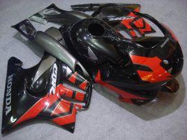 Honda CBR600 F3 1995-1996 Carénage ABS Injection - autres - noir/rouge